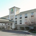 Photo of Holiday Inn Express Marshall