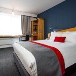 Photo de Holiday Inn Express Gloucester South