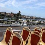 Oberdeck Rote Linie - Sitze könnten etwas mehr Platz haben