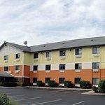 Days Inn & Suites Traverse City Foto