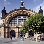Photo of Holiday Inn Express Frankfurt City Hauptbahnhof