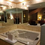American Inn & Suites Ionia Photo