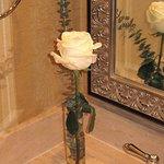 Planters Inn - Room 105 Bathroom rose