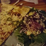 vegan pizza w/salad