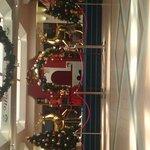 Gladstone Park Shopping Centre