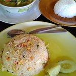 Mak Mak Family Restaurant Foto
