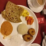 Amazing dinner from near by mall area sea food and breakfast at hotel .....