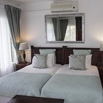 Avalone Guest House Photo