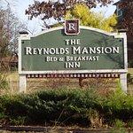 The Reynolds Mansion Foto