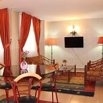 Pardis Apartment Hotel