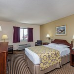 Photo de Baymont Inn & Suites Metropolis