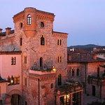 Castello Canussio al tramonto
