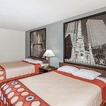2 Queen bed non smoking room