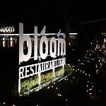 Weihnachtliche Stimmung vor dem Restaurant Bloom