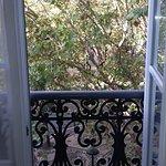 Uma das janelas/balcões do quarto