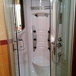 neppure a casa ho la doccia-idromassaggio!