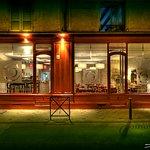 O'Sign Cafe Restaurant Brasserie Lounge