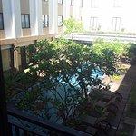Photo de Hotel Santika Kuta Bali