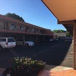 Photo de Villa Mirasol Motor Inn