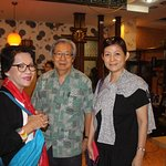 Raja Mardhiah, Bill Theodas and Anne Chan gettting ready for Dinner