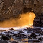 Keyhole Arch at sunset