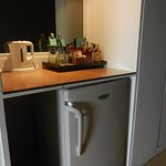 Mini bar -fridge-Kettle