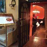 I loved this little boutique hotel. We had coffee at the lobby while we meeting some friends. Th
