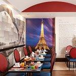 Photo of Hotel Waldorf Trocadero