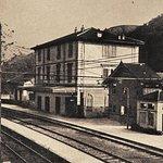 Stazione di Mele, 1930. Sulla destra la trattoria.