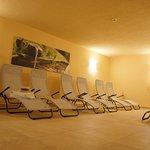 Neu renovierte Sauna mit gemütlichem Ruheraum