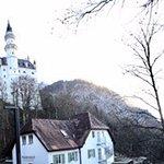 صورة فوتوغرافية لـ Zur-Neven-Burg