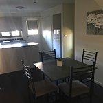 Photo de Sovereign Views Apartments