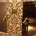 Spa and gym - sauna and steam room