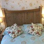 Room.  6.  Double en- suit