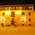 Photo of Hotel Los Leones
