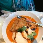 scrumptious red chicken curry