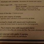 Udsnit af menukort. Grilled calamari.