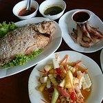 ภาพถ่ายของ ร้านอาหาร พระราม 9 ไก่ย่าง