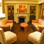 Photo of La Quinta Inn & Suites Austin Airport