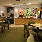Photo of La Quinta Inn & Suites Seattle Sea-Tac Airport