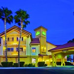Photo of La Quinta Inn & Suites Tucson Airport