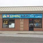 Golden Maki Sushi Restaurant - 1100 Davis Drive Unit 3, Newmarket ON
