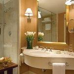 Photo of Four Seasons Hotel Houston