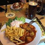 Cürrywurst und dunkel bier