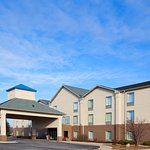 Stay at Holiday Inn Express minutes from Nucor Steel