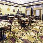 La Quinta Inn & Suites DFW Airport West - Bedford Foto