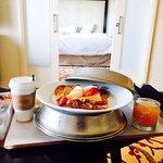 one bedroom suite, room service