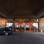 Valet & hotel entrance