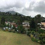 Foto Casa Monte Rosa Hotel – Puncak Mountain Resort