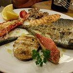 Pesce misto de la grillia - Grillierte Fischvariantion